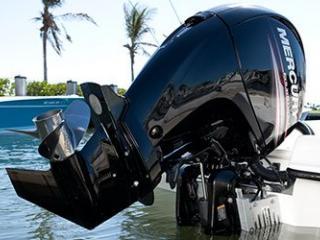 Moteur hors-bord Mercury ® 150 chevaux et Injection 4 Temps